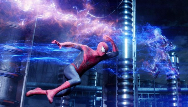 the-amazing-spider-man-2-andrew-garfield-jamie-foxx-600x342
