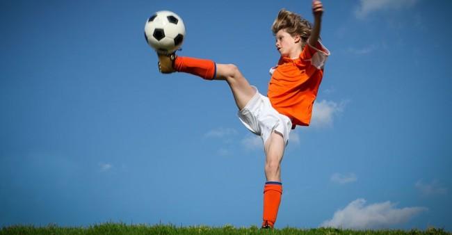 Έξαλλοι γονείς: Γιατί τα παιδιά δεν επιστρέφουν στον αθλητισμό με τα self-test του σχολείου;