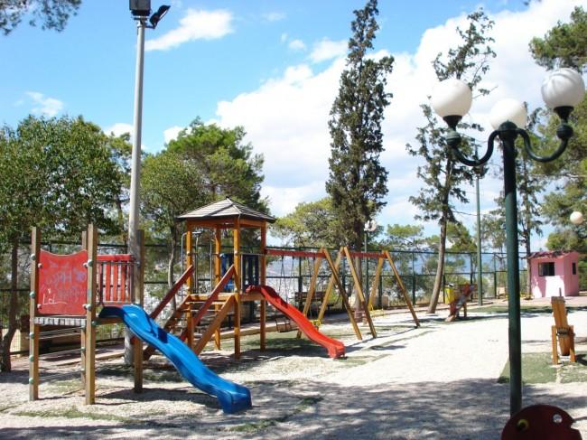Σαρωτικοί έλεγχοι καταλληλότητας σε παιδότοπους και παιδικές χαρές