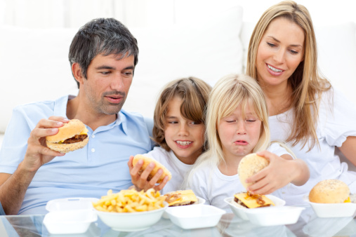 Τα παιδιά το καλοκαίρι πρέπει να καταναλώνουν περισσότερο αλάτι;