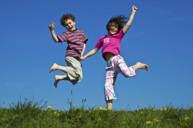 Kids-jumping-e1338408019127