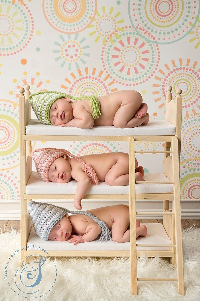 Newborn-Triplet-Photographs-8