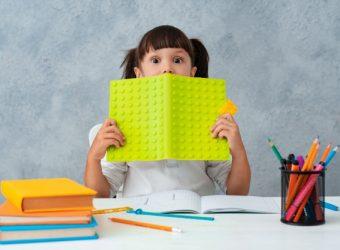"""""""Δεν πρόλαβα να κάνω όλες τις ασκήσεις"""": 7 τρόποι για να διαχειριστεί σωστά το παιδί το χρόνο διαβάσματος"""