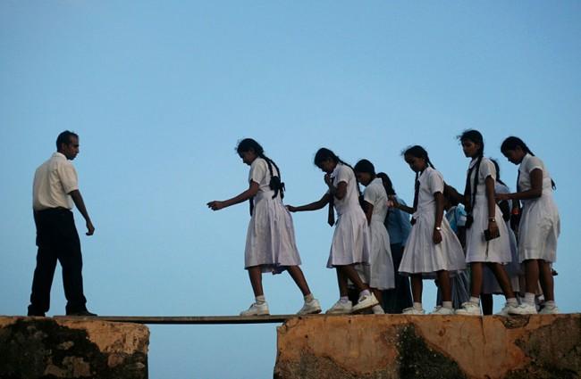 children-going-to-school-around-the-world-37