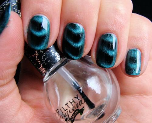 metallic-nail-polish-ideas-300x243-metallic-nail-polish-ideas-500x406