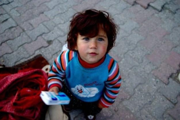 Παιδιά-χαρτομάντηλα-φανάρια