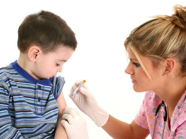 ΕΟΦ: Ανάκληση παρτίδων παιδικού εμβολίου κατά της μηνιγγίτιδας