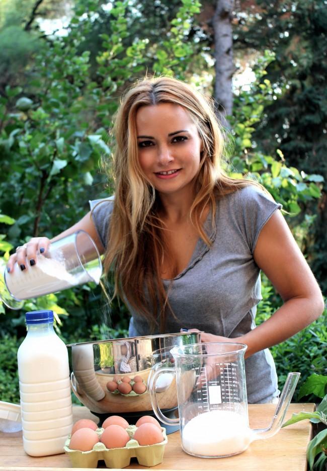 kardiolaka garden pouring milk