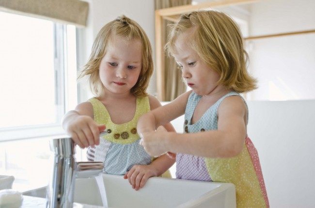 little-girls-washing-handsjpg-2ddaa79e7552fd83