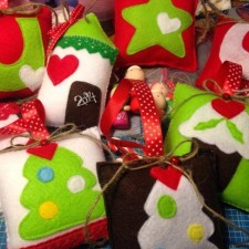 Χριστουγεννιάτικο σεμινάριο ενηλίκων  Γούρια και στολίδια από φελτ και  μέταλλο! 6bcbbea009e