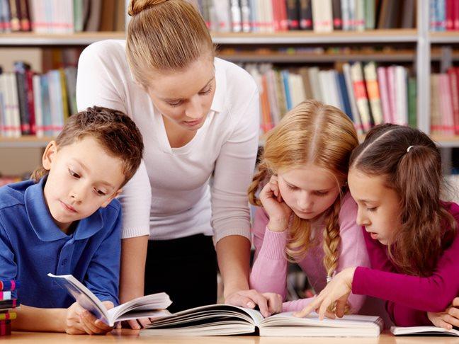 Parent-Helping-School