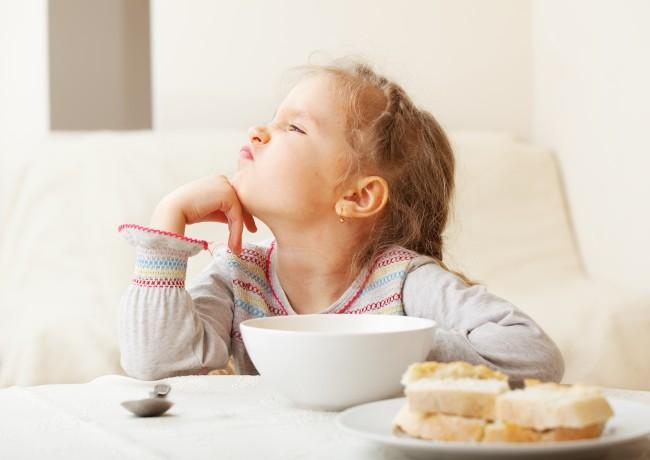 Έξυπνοι τρόποι για να κάνουμε τα παιδιά να συμπαθήσουν τα όσπρια