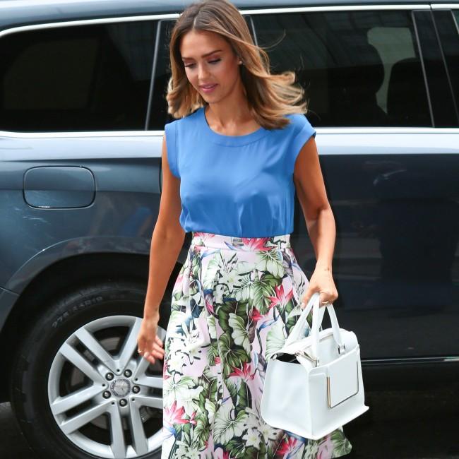 Celebrity-Summer-Trend-Floral-Skirts-Video