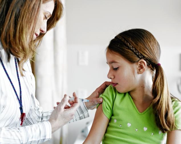 Να καλυφθεί από τον ΕΟΠΠΥ το εμβόλιο για την μηνιγγίτιδα ζητούν οι φαρμακοποιοί