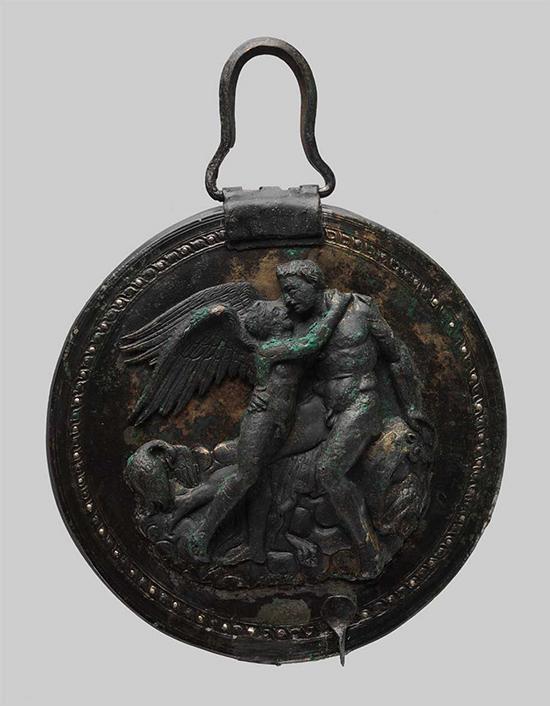 550x706_0503-greece-archaeology-love-mirror2