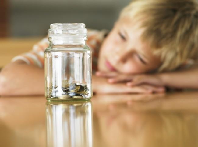 10 συμβουλές για να βοηθήσουμε τα παιδιά να αντιληφθούν την οικονομική κρίση