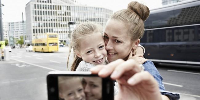 o-SMARTPHONE-PARENTS-facebook