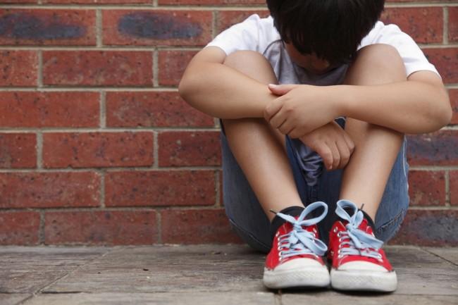 Το φαινόμενο της παιδεραστίας μέσα από τα μάτια ενός παιδιού