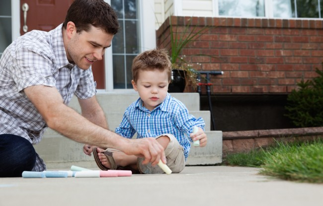 o-25-IMPORTANT-THINGS-DAD-CAN-TEACH-KIDS-facebook