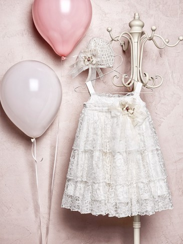 Κitten φόρεμα 187,60 € Marasil χειροποίητο μπονέ 31,20 €