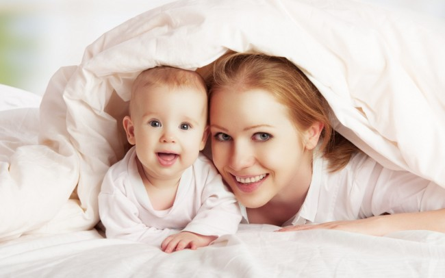 mom-and-kid-hd-wallpaper