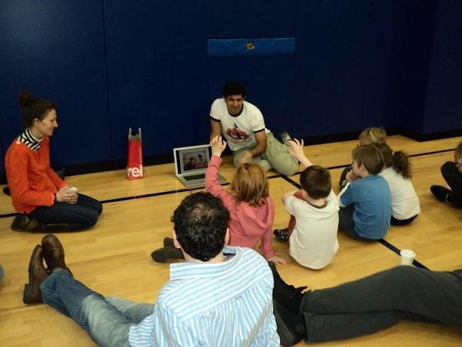DrTechniko: Ο Έλληνας απόφοιτος του MIT που διδάσκει στα παιδιά την τεχνολογία μέσα από το παιχνίδι