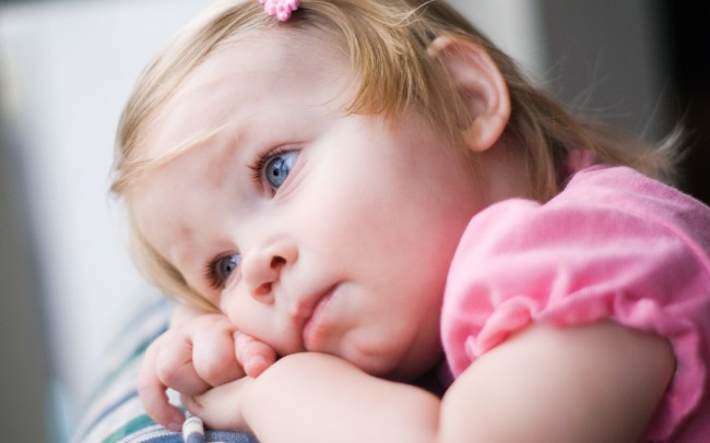 person-in-hands-medical-very-sad-kid-childhood-girl-light-lovely-makeup-miss-mom-392352