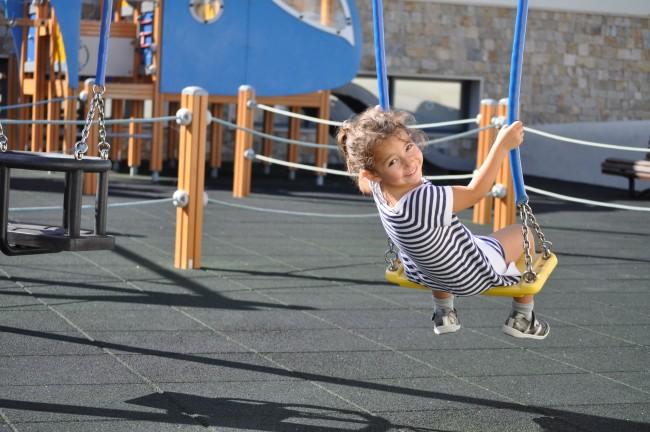 Family-kids-playground-1