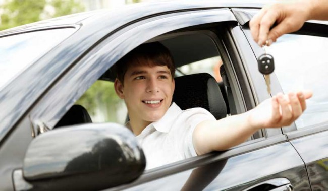 teen-driver_100394406_l
