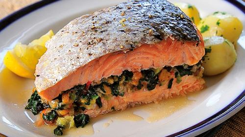 Διατροφικοί κίνδυνοι – Ποια τρόφιμα να αποφεύγετε από τον Νίκο Κατσαρό, Π. Πρόεδρος του ΕΦΕΤ