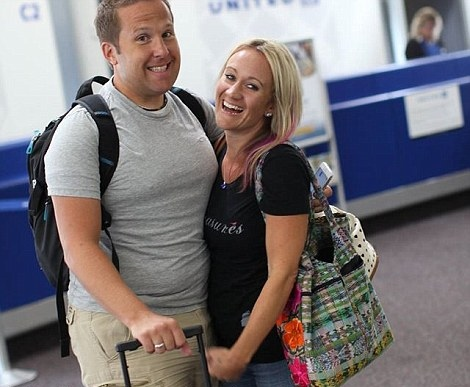 2AE2E79700000578-3176641-So_excited_The_couple_flew_from_their_home_in_Minnesota_to_pick_-a-2_1438073985009