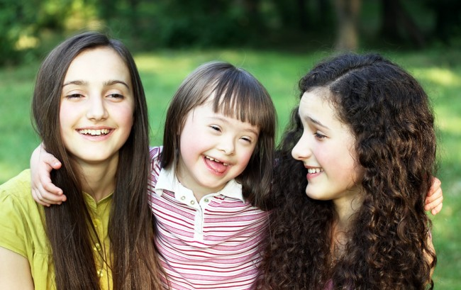 Happy-sisters-down-syndrome