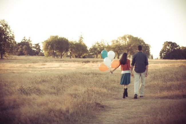 engagement-photo-balloon
