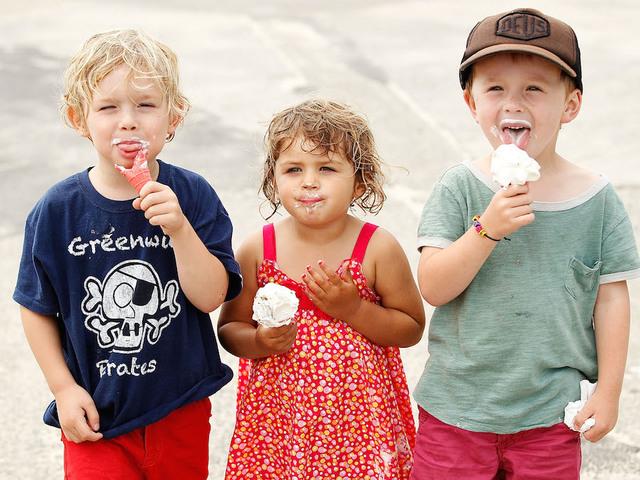 Το μυστικό για να μην παγώνετε όταν τρώτε παγωτό ή γρανίτα