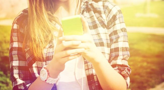 Είσαι και εσύ εθισμένος με το smartphone σου;