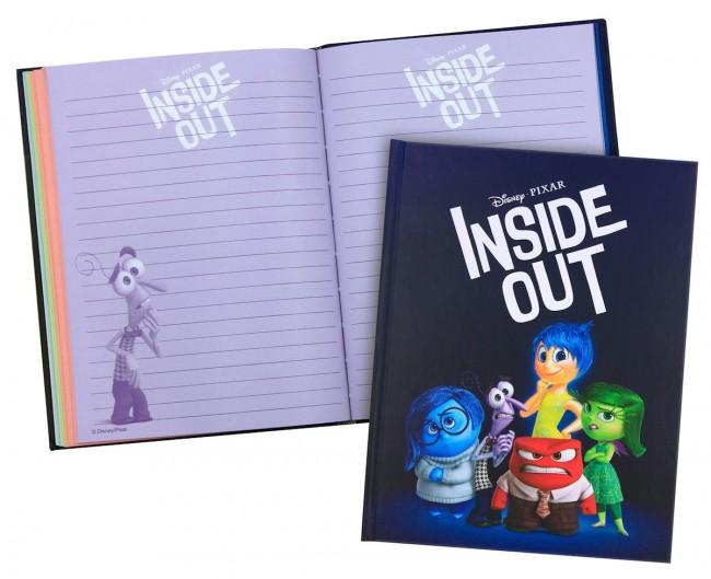 Κερδίστε 2 τετράδια, 2 T-shirts για γονείς & 4 σετ αυτοκόλλητα, αναμνηστικά δωράκια της ταινίας «Τα Μυαλά που Κουβαλάς» της Disney