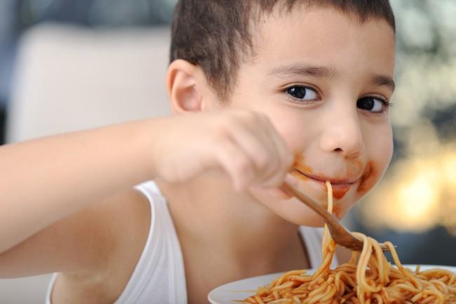 Kid-Eating-Spaghetti