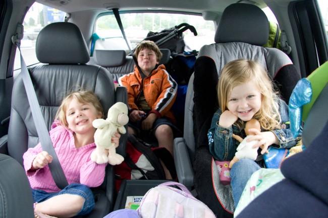 Children-in-the-car