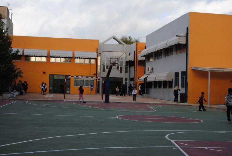 Λύεται σήμερα το πρόβλημα των κλειστών σχολείων