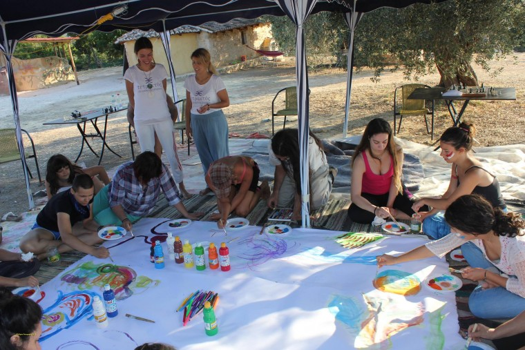 Ένα Σαββατοκύριακο χαράς στη φύση – εικαστικά δρώμενα, εργασίες, διασκέδαση στη φύση, για μόνο 6 μητέρες με τα παιδιά τους