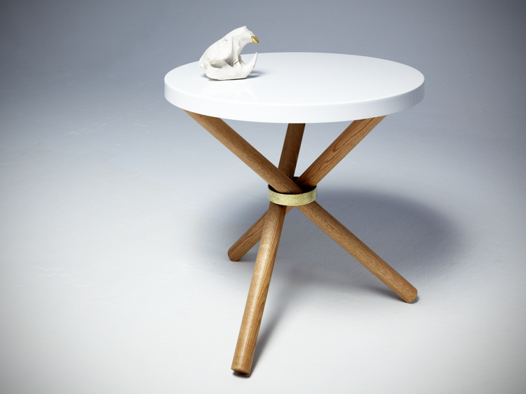 castor-tri-pod-powder-coated-table