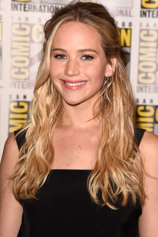 hbz-the-list-fall-hair-color-jennifer-lawrence