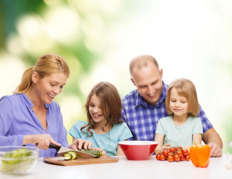 Family-Dinner-Haily1-1024x789
