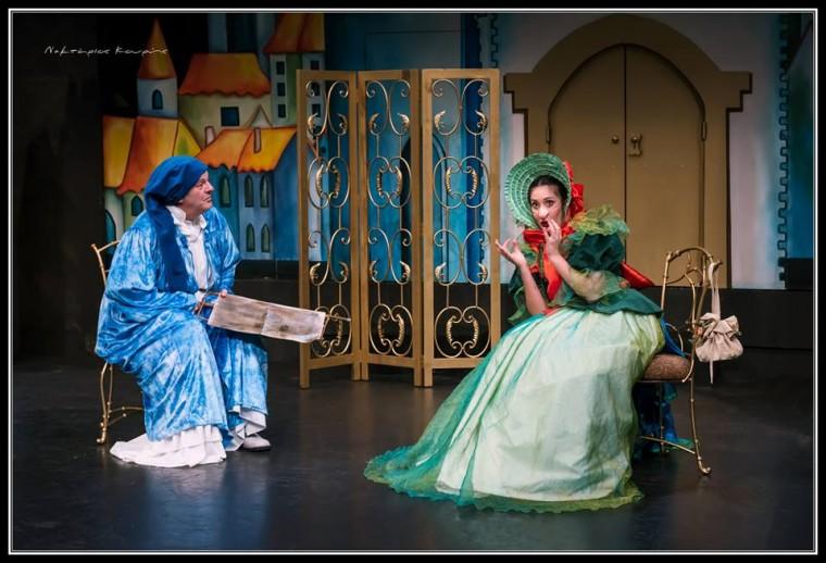 30d3c63f1f Tο Θέατρο Κιβωτός παρουσιάζει από τις 8 Νοεμβρίου την παιδική παράσταση «Ο  Κουρέας της Σεβίλλης» σε κείμενο και σκηνοθεσία της Κάρμεν Ρουγγέρη.  Πρόκειται ...