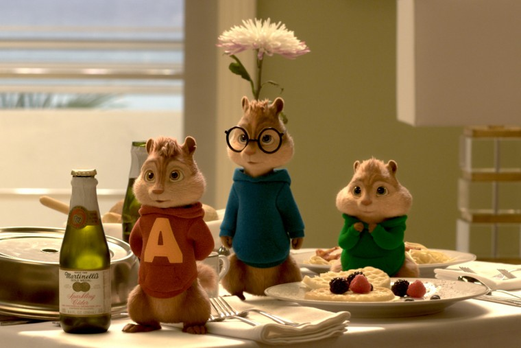 ALVIN-AND-THE-CHIPMUNKS-4-THE-ROAD-CHIP