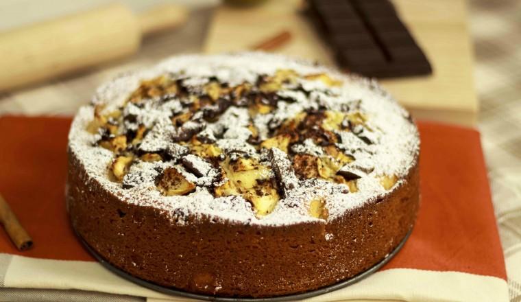 Κέικ με μήλα και σοκολάτα