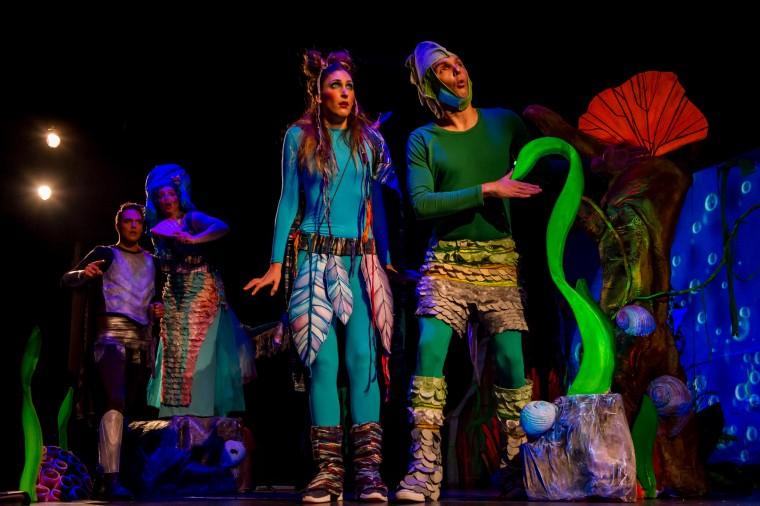 Κερδίστε 4 διπλές προσκλήσεις για την παιδική παράσταση «Το βιβλίο των θρύλων» στο θέατρο Κάτια Δανδουλάκη (10/1)