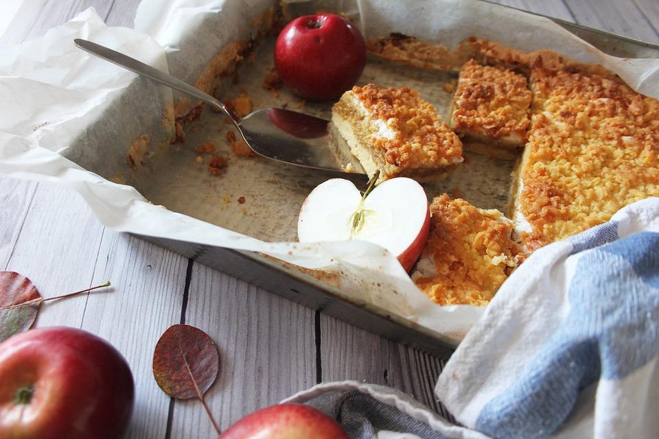 Κέικ με μήλα και καρότα