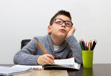 """""""Μαμά, αύριο γράφουμε διαγωνισμα!"""": Μειώστε το άγχος του μαθητή και βοηθήστε τον να αποδώσει τα μέγιστα"""