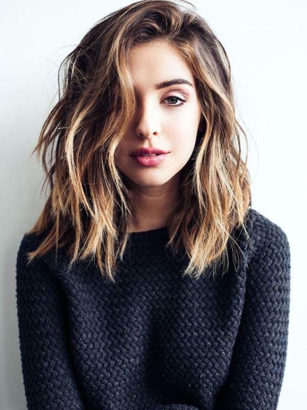 Το wavy hairstyle είναι το ιδανικό styling για ένα medium length bob